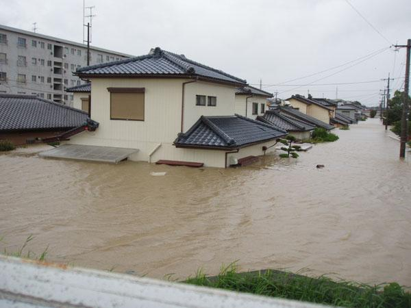 床上浸水・ゲリラ豪雨と家探し 株式会社常盤不動産.jpg