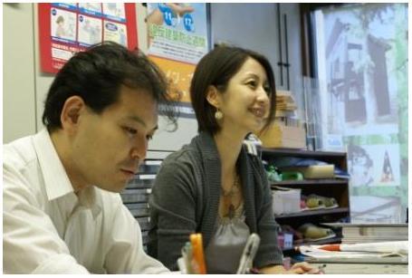 御相談に応じる野澤弁護士と湯原行政書士.jpg